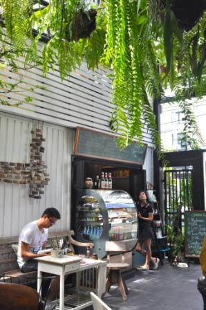 cafe 2 27