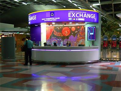 Le baht fort l euro faible mauvais pour les touristes expatriation en thailande - Bureau de change aeroport ...