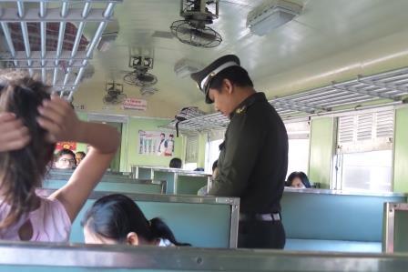 Train en Thaïlande
