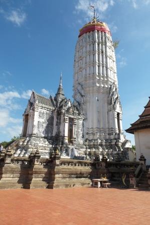 Prang du Wat Putthaisawan