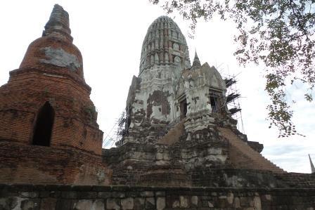Le Wat Ratchaburana